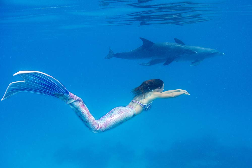 Mermaid Kat ist Unterwassermodel