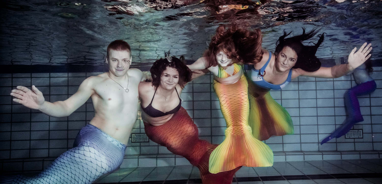 Meerjungfrauenschwimmen für Erwachsene