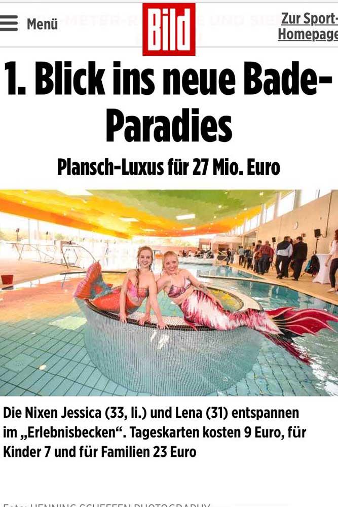 Meerjungfrauen Lena und Jessi im Schwimmbad in Langenhagen
