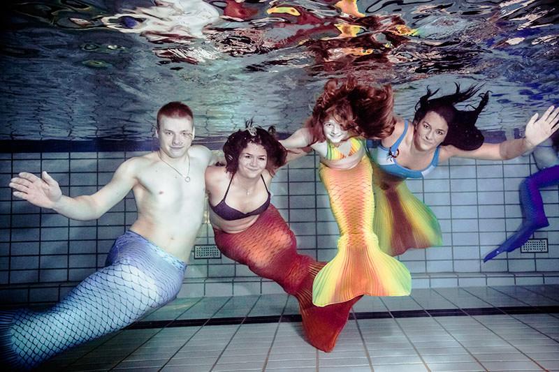 Bayern, Königsberg bietet Mermaiding-Kurse an