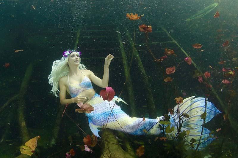 Unterwassermodel und Meerjungfrau Mermaid Kat
