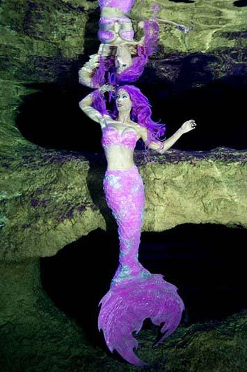 Gründerin der ersten Meerjungfrauenschule der Welt, Mermaid Kat