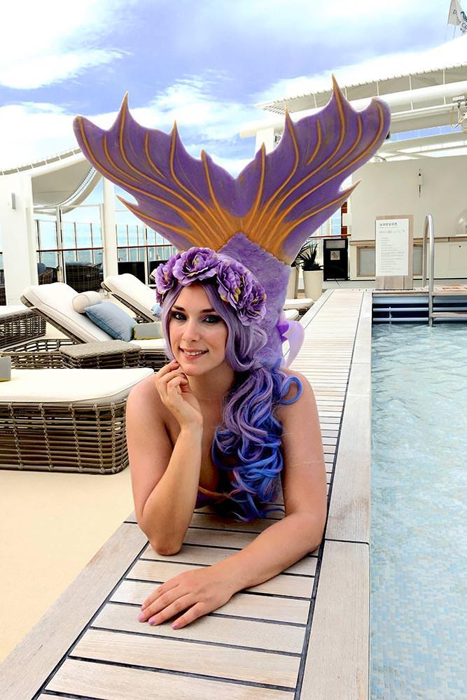 Lille arbeitet als Meerjungfrau