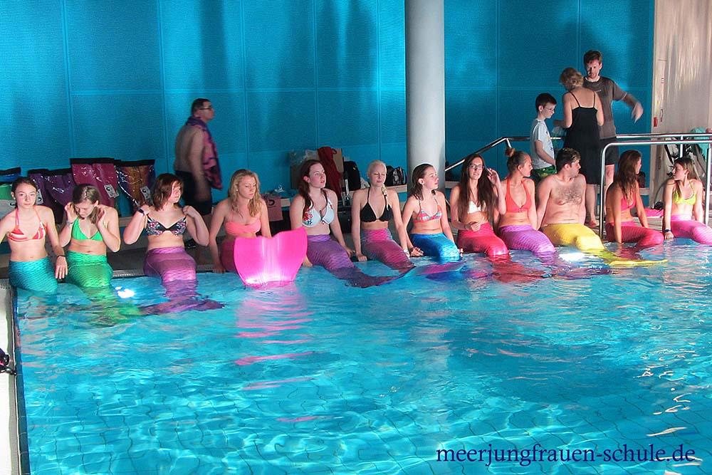 Mermaid Schwimmen in der Nähe von Bremen