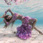 Unterwasserfashionshooting mit Katrin Gray auf den Malediven Mermaid Kat