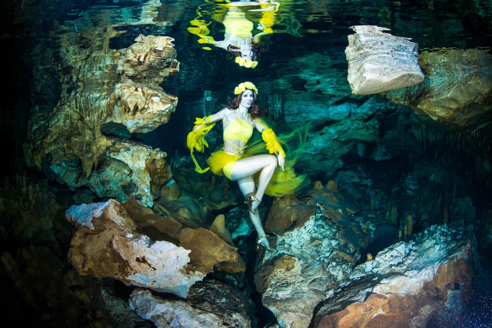 Fashion unter Wasser in Mexiko