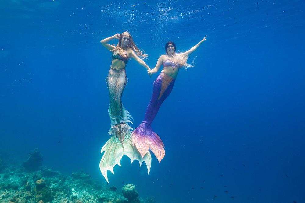 Unterwassermodel- und Meerjungfrauen Woche auf Bali