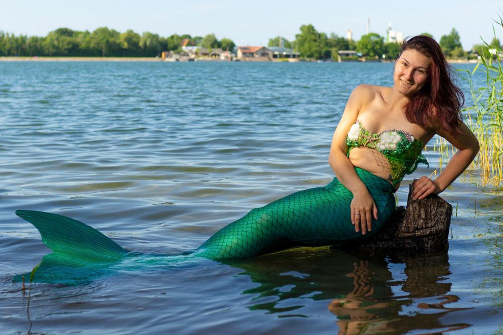Meerjungfrau Isa gehört zum Meerjungfrauen-Team der Mermaid Kat Academy