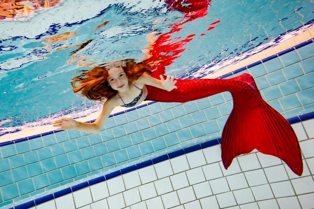 Meerjungfrauen-Schwimmlehrerin in Niedersachsen gesucht