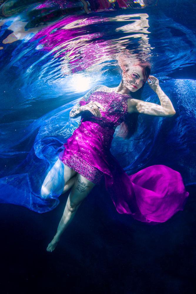 Vorbereitung für ein Unterwasser-Model-Shooting wie bei Germanys Next Topmodel